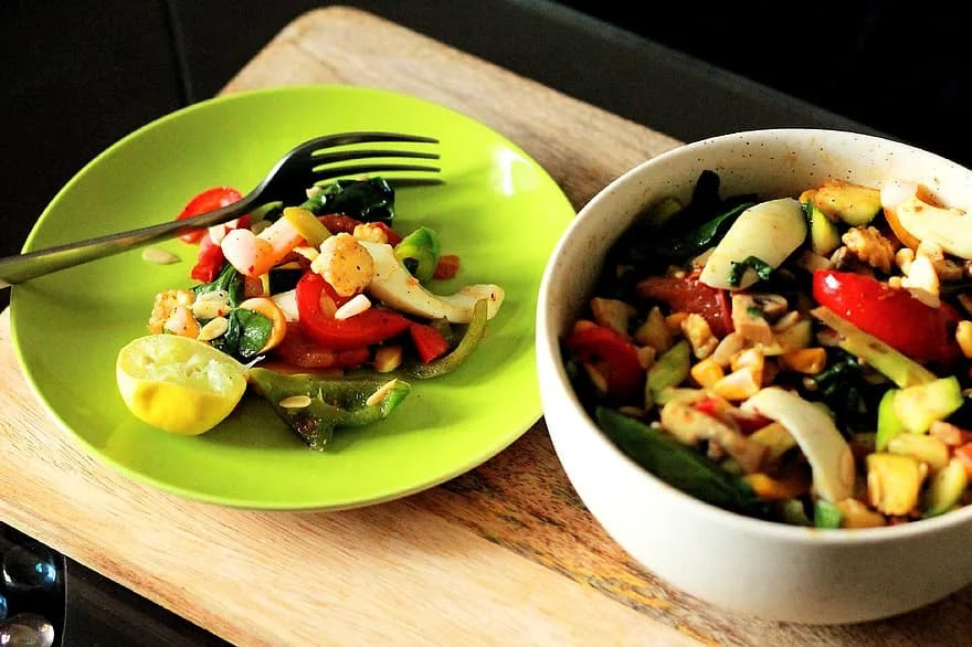 What Is the Scarsdale Diet, and Should You Try It?