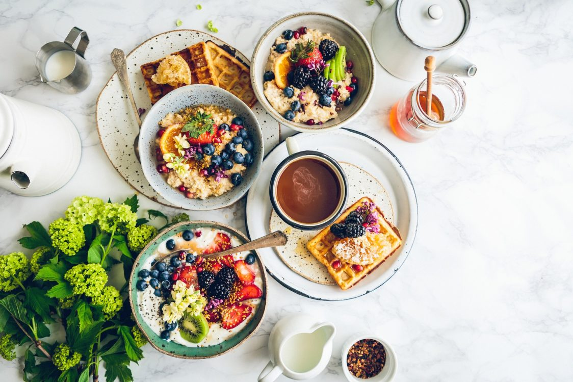 Is breakfast the basis of the day or an old myth?