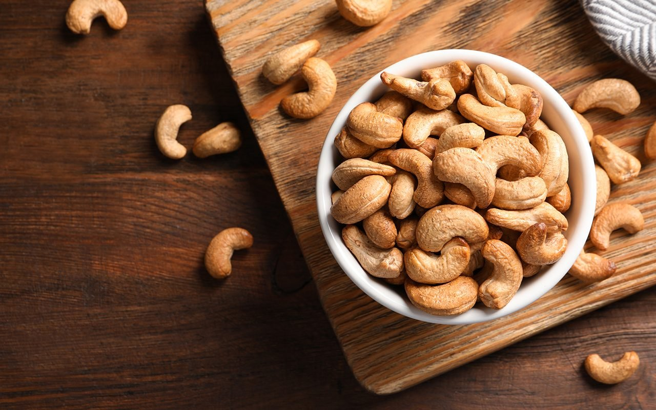 BEST TIME TO EAT CASHEW NUTS